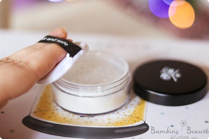 Boîtier poudre libre minérale translucide